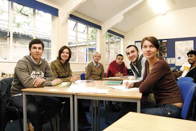 Curso First academia ingles en Getafe CUM
